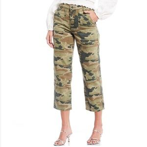 NWT Free People Remy Camouflage Crop Pant